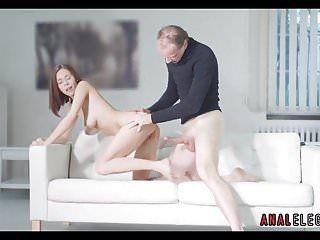 Hawt Playgirl si inchina per la posizione di pecorina sesso anale