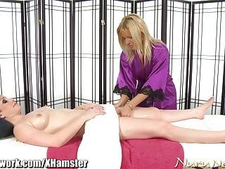 Nurunetwork jennifer white lesbo massage